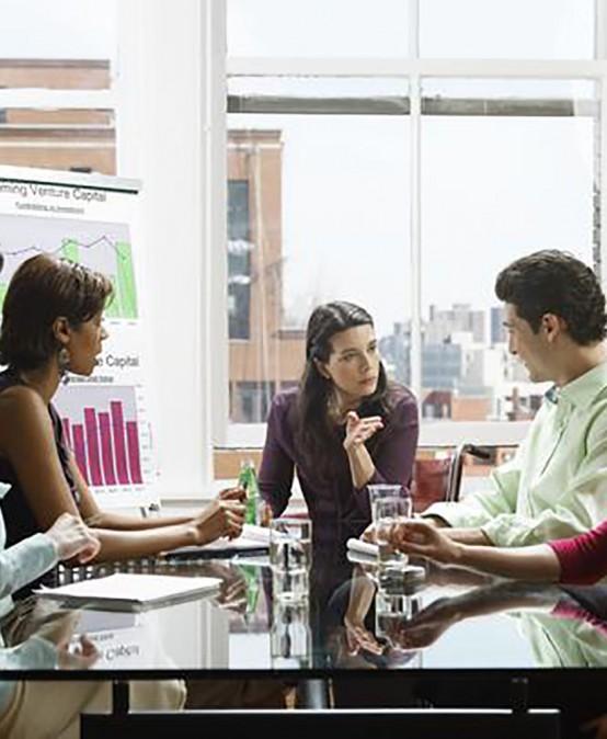القيادة الإدارية و التطوير الذاتي